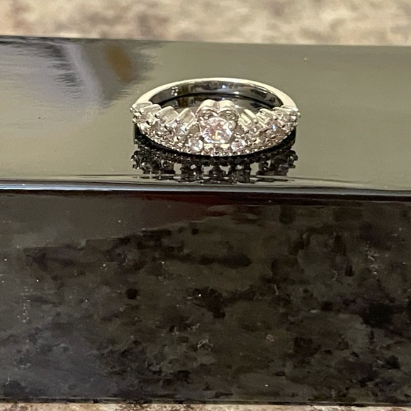 Sterling Silver, Cubic Zirconia Size 10